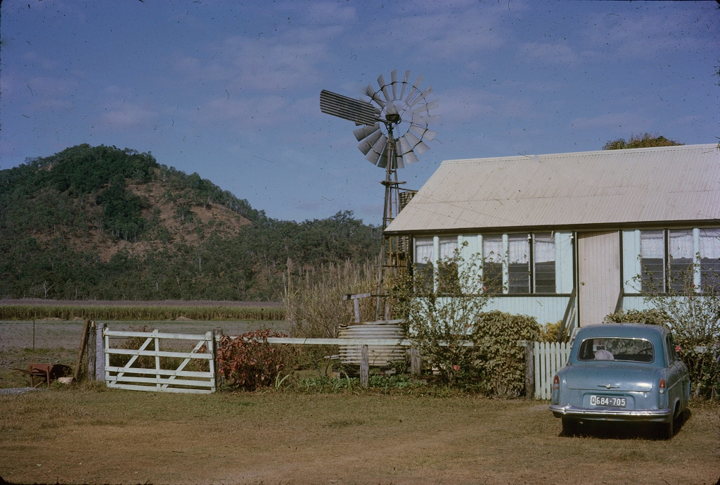 Slide queensland places for Classic house genre