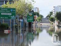 "<span class=""caption-caption"">Rising flood waters, Cordelia and Melbourne Streets, South Brisbane, January 2011</span>. <br />Digital image, collection of <span class=""caption-contributor"">Liz Jordan</span>."