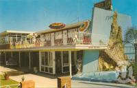 "<span class=""caption-caption"">Golden Sun Hotel, Surfers Paradise</span>, 1962. <br />Postcard, collection of <span class=""caption-contributor"">Centre for the Government of Queensland</span>."