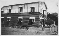 "<span class=""caption-caption"">Elnido Guest House, Ocean Esplanade, Bribie Island</span>, c1930s-c1940s. <br />Photographic collection, <span class=""caption-contributor"">Queensland State Archives</span>."