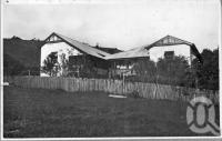 "<span class=""caption-caption"">The Canyon Guest House, Springbrook</span>, c1930s-c1940s. <br />Photographic collection, <span class=""caption-contributor"">Queensland State Archives</span>."