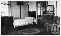 "<span class=""caption-caption"">Bedroom Brightside Guest House Bald Knob</span>, c1930s-c1940s. <br />Photographic collection, <span class=""caption-contributor"">Queensland State Archives</span>."