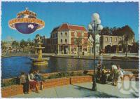 "<span class=""caption-caption"">Looking across Dreamworld's Fountain down Main Street as thrillseekers head towards the Thunderbolt Rollercoaster, Dreamworld, Coomera</span>, c1970-2000. <br />Postcard, collection of <span class=""caption-contributor"">Murray Views Collection</span>."