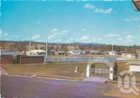 "<span class=""caption-caption"">Overlooking the Archer Memorial Park and swimming pool, Mundubbera</span>, c1970-2000. <br />Postcard, collection of <span class=""caption-contributor"">Murray Views Collection</span>."