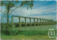 "<span class=""caption-caption"">The Traffic Bridge and Weir on the Balonne River, St George</span>, c1970-2000. <br />Postcard, collection of <span class=""caption-contributor"">Murray Views Collection</span>."
