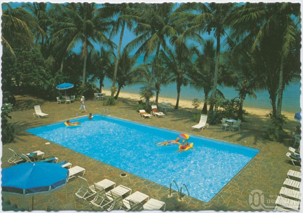 Dunk Island Moon Pool: Murray Views Collection