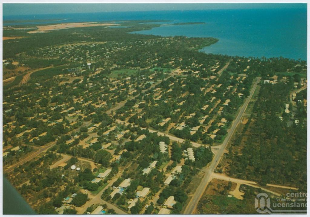 Weipa Australia  City new picture : Weipa , c1970 2000. Postcard, collection of Murray Views Collection .